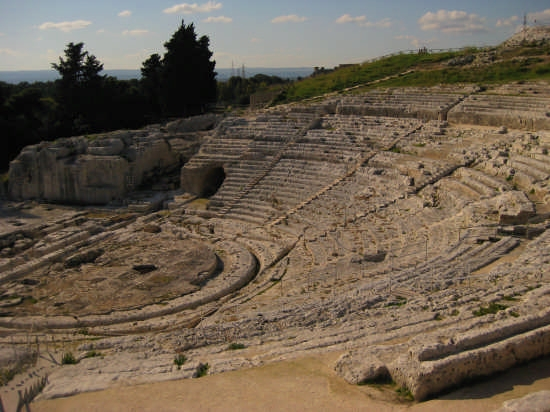 Siracusa,teatro greco(V sec. A.C) (4768 clic)