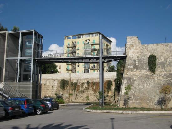 Trapani,Bastione dell'Impossibile-XVI  sec (2648 clic)