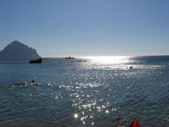 vista dalla spiaggia di Macari - MACARI - inserita il 27-Aug-08