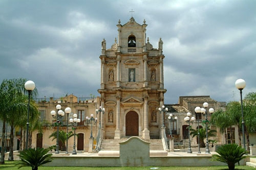 Chiesa del Carmine - Floridia (5870 clic)