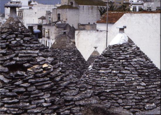 trulli: I  TETTI - Alberobello (2875 clic)