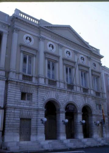 teatro comunale-curci - Barletta (2393 clic)