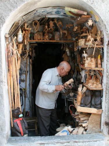un vero artigiano - Scanno (1550 clic)