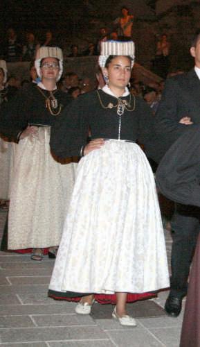 LA GIOVINEZZA - Scanno (2002 clic)