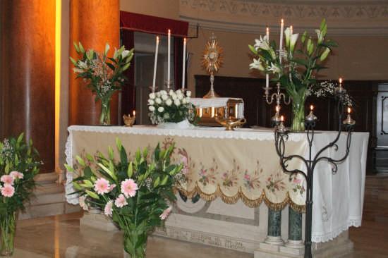 altare centrale-chiesa madre - Trinitapoli (1484 clic)