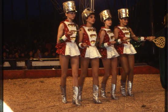 trinitapoli-circo orfei (1443 clic)