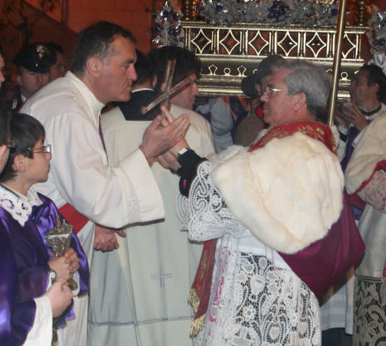processione del LEGNO SANTO - Trinitapoli (2082 clic)