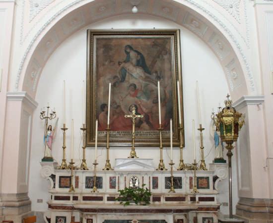 chiesa di s.ANNA-altare laterale  - TRINITAPOLI - inserita il 20-Apr-09