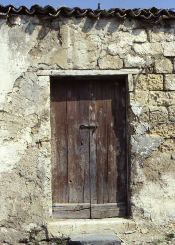 VECCHIE CASE - Trinitapoli (2116 clic)