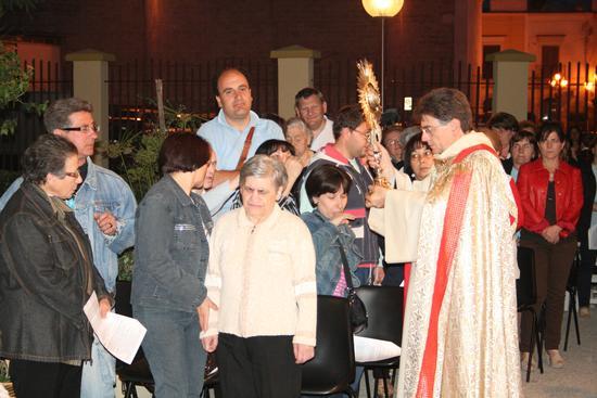 Adorazione Eucaristica - Trinitapoli (1278 clic)
