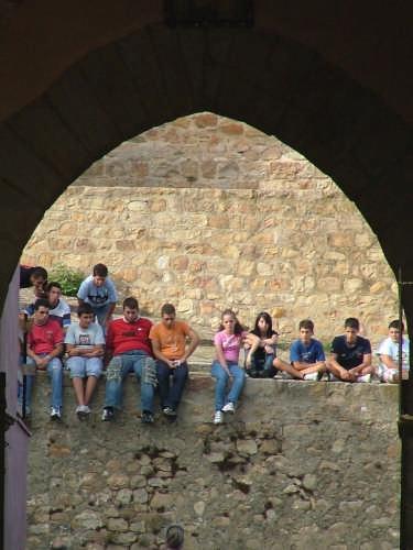 in profonda riflessione - Castelbuono (3805 clic)