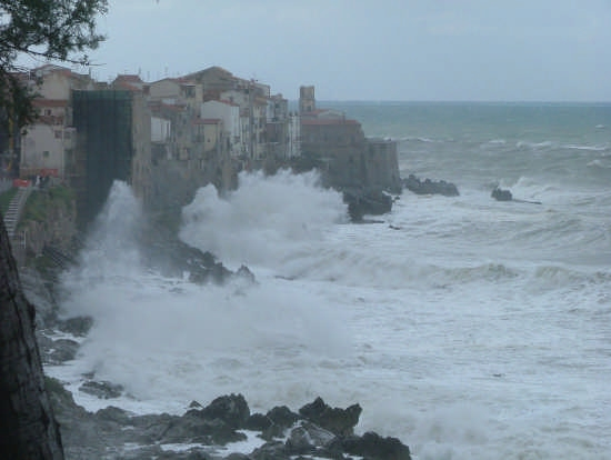 tempesta alla Giudecca - Cefalù (5040 clic)