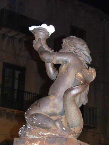 Libertà presa con la statua ... - Collesano (3613 clic)