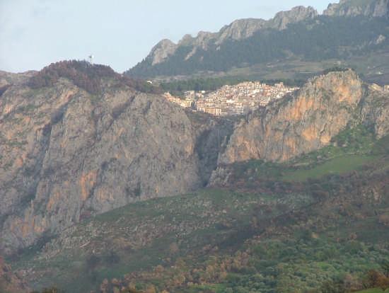 il sito eccezionale di Gratteri, nelle Madonie (3690 clic)