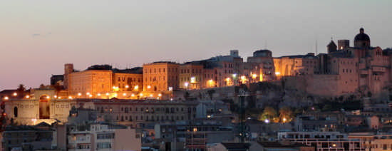 Bastione di San Remì e Cattedrale - Cagliari (2722 clic)