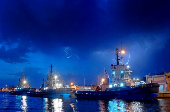 Temporale al porto - Cagliari (6010 clic)