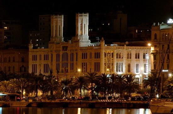 Municipio - Cagliari (3818 clic)