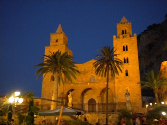 Il Duomo - Cefalù (2766 clic)