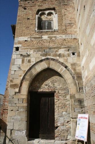 Laterale Chiesa San Domenico - Atri (1906 clic)