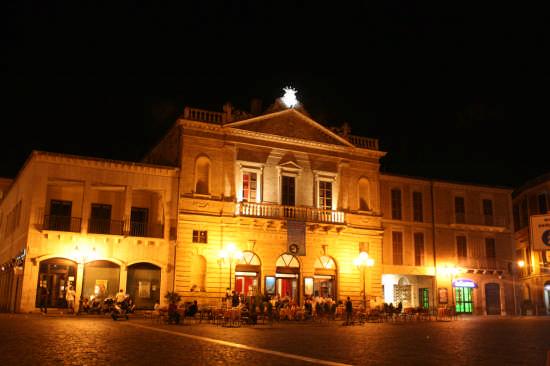 Teatro - Atri (1690 clic)