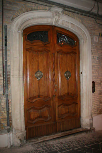 Portone - Atri (1526 clic)