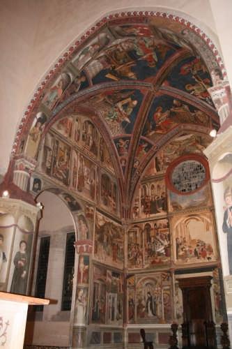 Cattedrale di Atri (2400 clic)