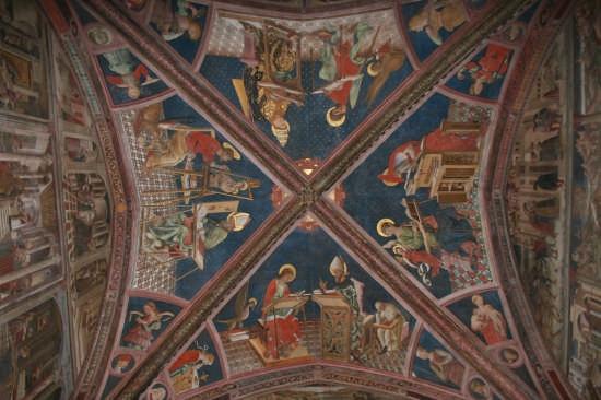Cattedrale di Atri (2080 clic)