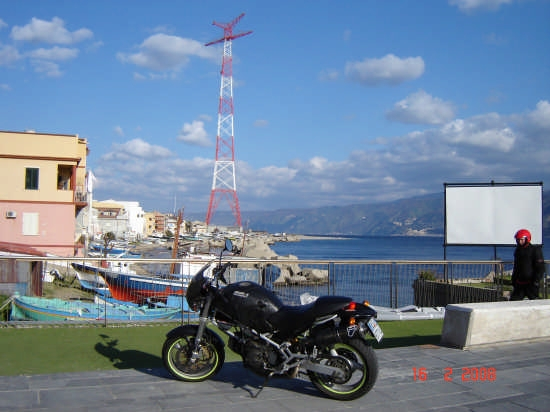 Stretto di Messina - Torre faro (4720 clic)