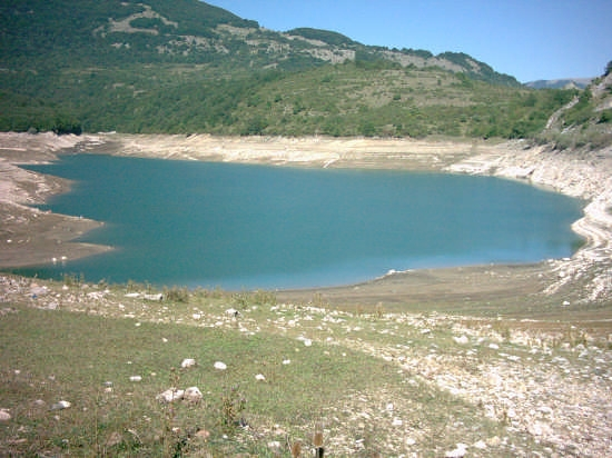 Lago Montagna Spaccata - Alfedena (8320 clic)