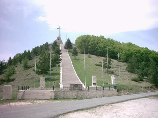 Monumento ai Caduti senza Croce - Roccaraso (3807 clic)