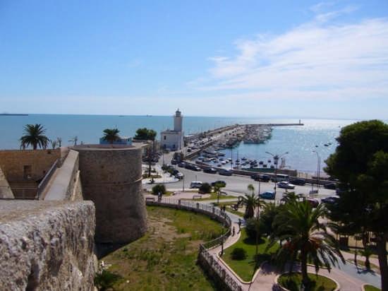 Panoramica dal castello - Manfredonia (3141 clic)
