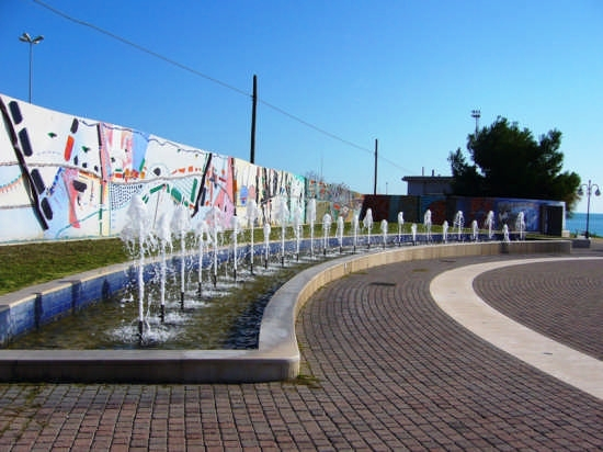 Fontane - Manfredonia (2308 clic)