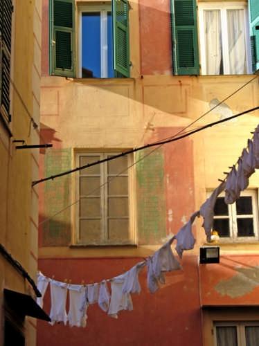 Bucato steso nei vicoli - Camogli (5501 clic)
