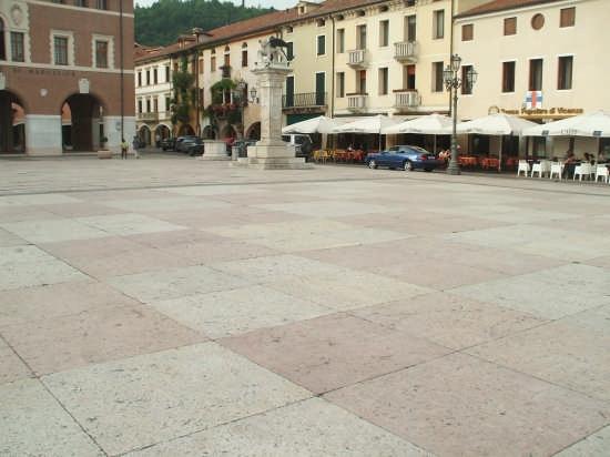 Piazza degli Scacchi - Marostica (4067 clic)