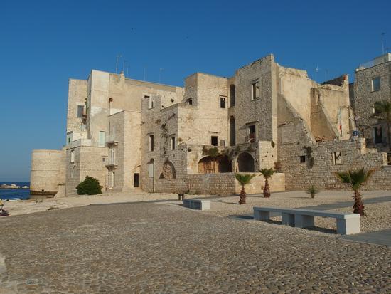 Scorcio della città vecchia - Molfetta (715 clic)