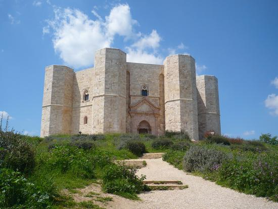 Castel del monte (512 clic)