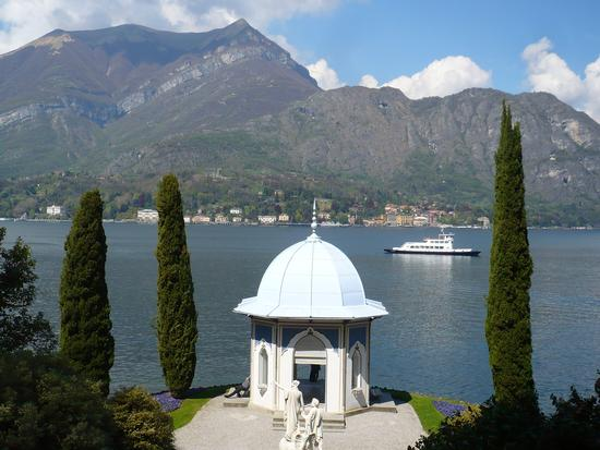 Villa Melzi - chiostro - BELLAGIO - inserita il 10-May-13