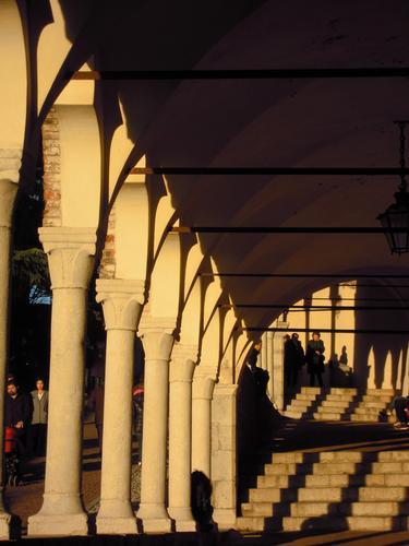 Castello in Udine. riflessi... (1145 clic)