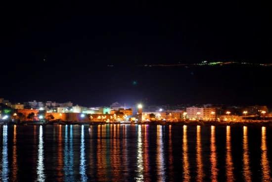 Manfredonia di Notte  (4219 clic)
