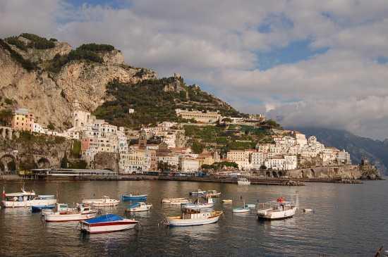 VEDUTA DEL PORTO - Amalfi (4182 clic)
