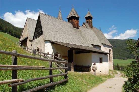 LOCALITA' DREI KIRCHEN - Barbiano (3128 clic)