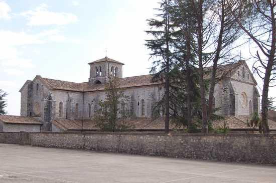 ESTERNO  DELL'ABBAZIA - Casamari (2237 clic)