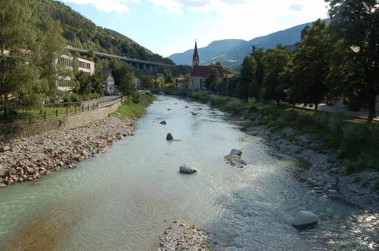 Scorcio sul fiume Isarco - Chiusa (3414 clic)
