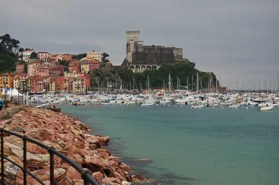 IL CASTELLO - Lerici (3146 clic)