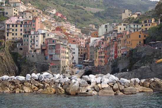 VISTA DAL MARE - Riomaggiore (3241 clic)