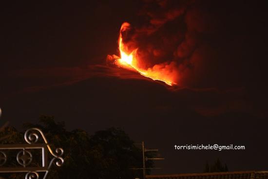 eruzione del 30 luglio 2011 vista da Valverde (2336 clic)