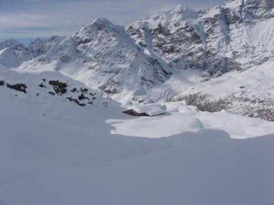 Prima neve a Valtournenche 09-11-2008 (4711 clic)