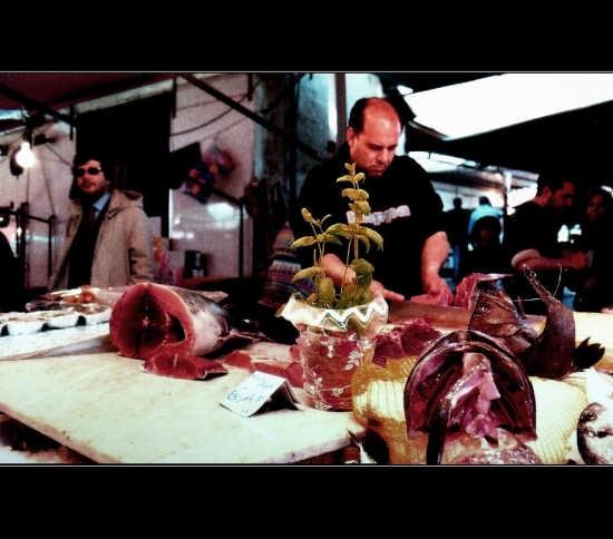 mercato palermitano  'u capu  - Palermo (4409 clic)