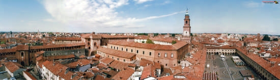 panoramica torre  - Vigevano (2400 clic)