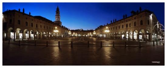 Piazza Ducale aNatale - Vigevano (3104 clic)
